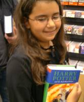Jamie with her copy of  Harry Potter and the Half-Blood Prince (Harry Potter 6) [Children's Edition]